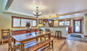 2352 Blitzen Dining Area